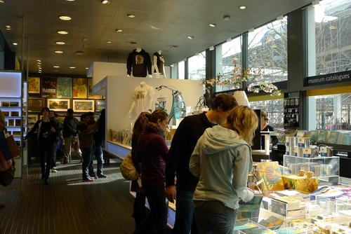 Museum shop, Van Gogh Museum.