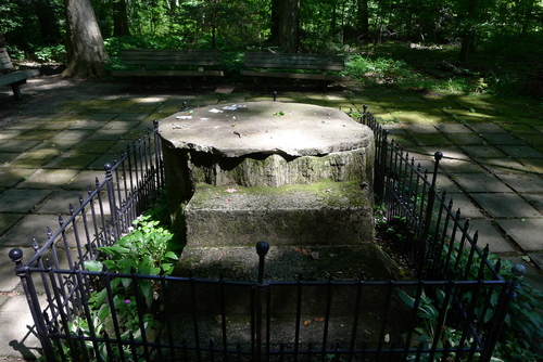 Services have been held at Inspiration Stump since 1898.