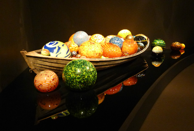 Float Boat Chihuly