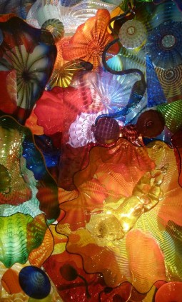 CHIHULY: spectacular glass sculpture by Dale Chihuly at the ROM